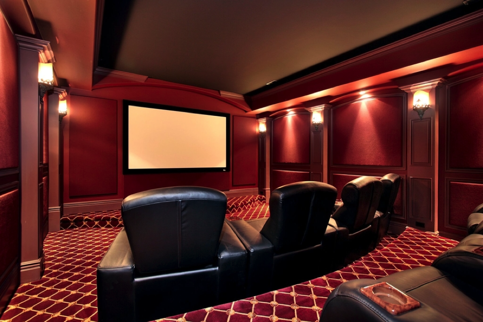 3 Reasons a Home Theater Beats Your Local Cinema
